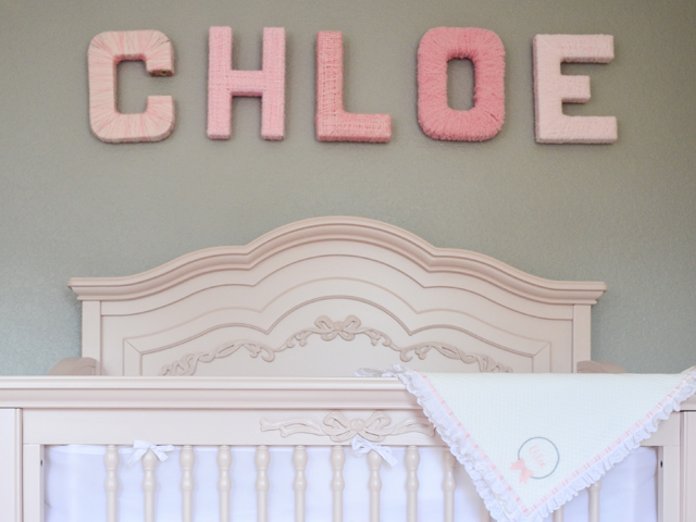 evolur_aurora_5_in_1_convertible_crib_chloe_nursery